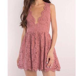 ANGL Peach 🍑 Scallop Lace Skater Dress